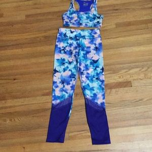 Old Navy Athletic outfit.girls